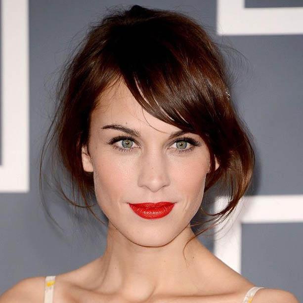 alexa chung red lips
